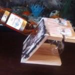 Porte bouteille et verre a vin